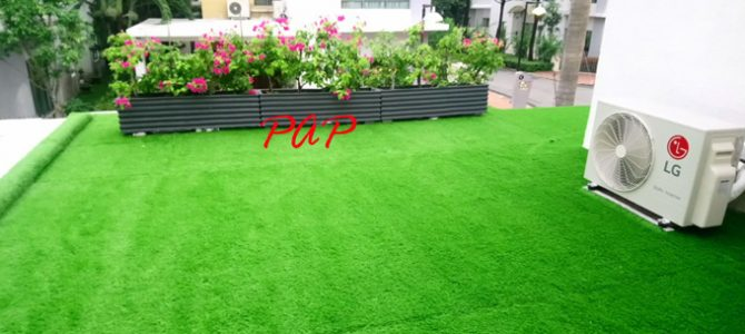 Trào lưu sử dụng cỏ nhân tạo cho ban công và hiên nhà đang nổi